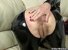 British girl Diamond demonstrates her super high def performance