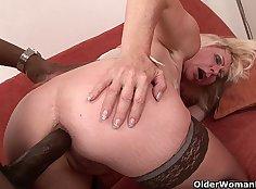 Big black cock shakes mommy asshole