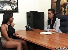 Black lesbian gets cumshots in her mouth