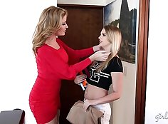 Step mom Ashley takes advantage of daughters Jenny with her toy