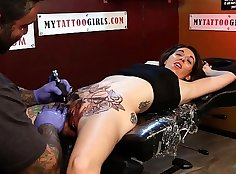 Hot Nurse Workoutgirls Addicted To Doing Pussy Tattoos