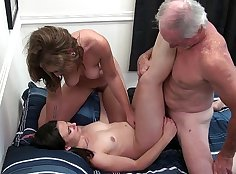 Lovely Stepmom Knows How To Work Out Anal