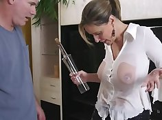 Best ways to fill up the butt of the faggotry Single Mom