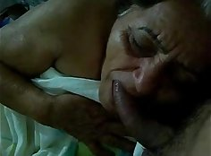 Black granny giving blowjob and pleasing