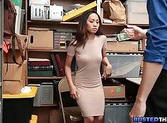 Asian masseur wanking her client
